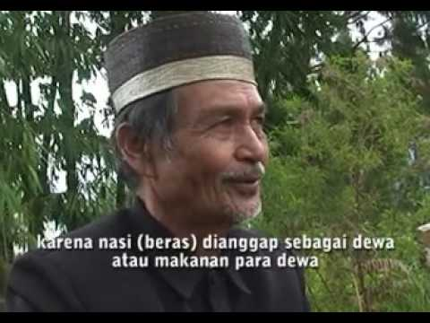 Seru mayat berjalan mayat berganti pakaian Ma nene Toraja Baruppu