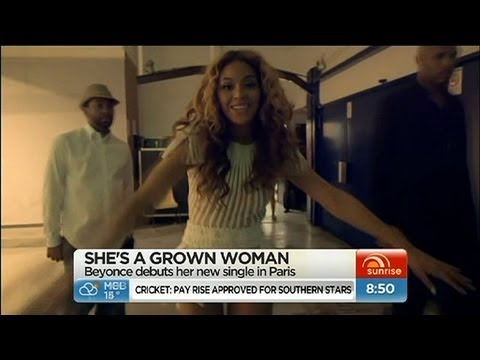 Sunrise - Beyonce debuts song in Paris