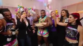 New Day Celebra Su Record Raw ( WWe En Español )