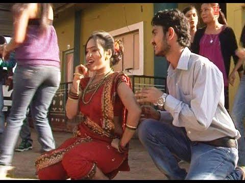 Majhya Kombadyachi Aaru - New Marathi Video Song   Bhopla Baghun Mula Jhala Deewana video
