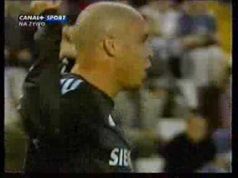 Ronaldo Vs Celta Vigo 19-10-03