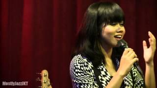download lagu Yura - Berawal Dari Tatap  Mostly Jazz 15/05/14 gratis