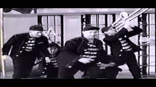 Watch Dion Jailhouse Rock video
