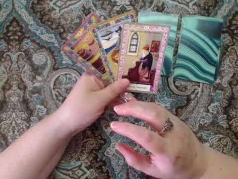 Гадание на измену и верность на Таро и игральных картах
