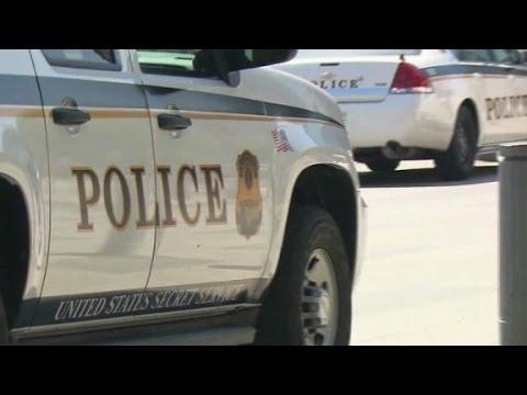 Secret Service agent's gun, badge stolen