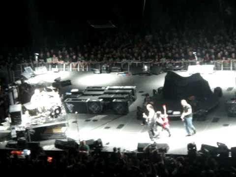 Machine Head Feat James Hetfield - Aesthetics of Hate Live in Oberhausen