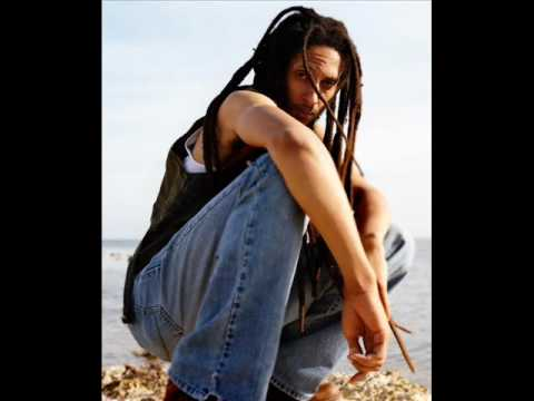 Julian Marley - On the floor Video