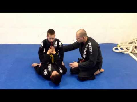Veneration BJJ Technique of the week. Kids armbar drill (from mount) Image 1
