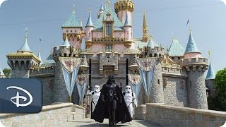Darth Vader goes to Disneyland | Star Tours | Star Wars
