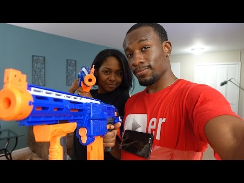 UrAvgCouple -  iPhone 6 NERF War!