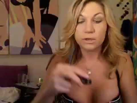 pin up makeup tutorial. Pin-up Makeup tutorial