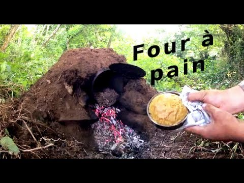 Construction d 39 un four pain bushcraft youtube for Four a pain construction
