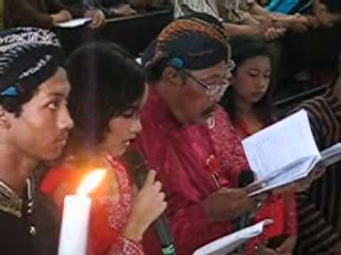 Aurel Membaca Doa Umat Bahasa Jawa video