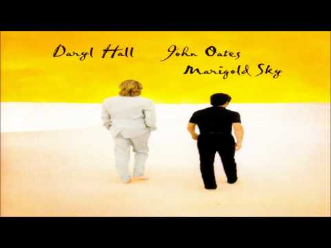 Hall & Oates - Hold On To Yourself