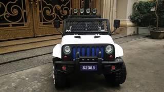 Xe ô tô điện trẻ em S2388 - Bánh cao su + 4 động cơ
