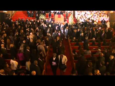 End of Whitney Houston's Funeral on I will always love you