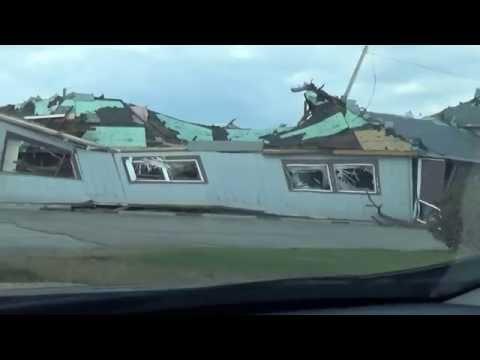 TOUR of TORNADO damage destruction 4/9/15 Northern Illinois