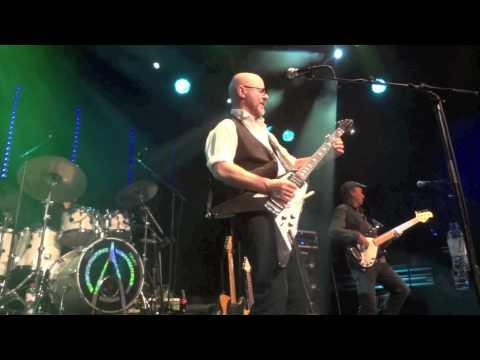 Wishbone Ash - 13-01-2012 @ Boerderij Zoetermeer - 04. Warrior