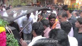 Vijayakanth Pays Homage To His Brother