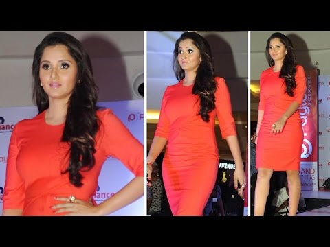 Hot! Sania Mirza Walks The Ramp For Fashion Footwear video