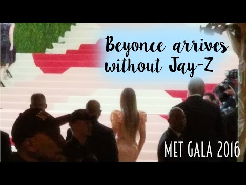 Beyoncé finally arrived at the met gala without jay-z