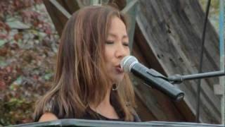 八神純子 想い出のスクリーン 山形県飯豊町源流の森 10月23日
