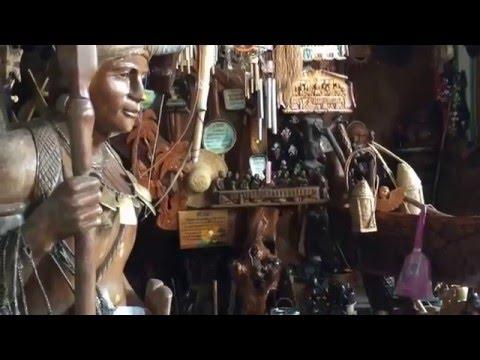 Igorot souvenir shop Baguio City Philippines