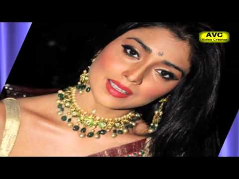 No Photo below HIP Shriya orders to photographers