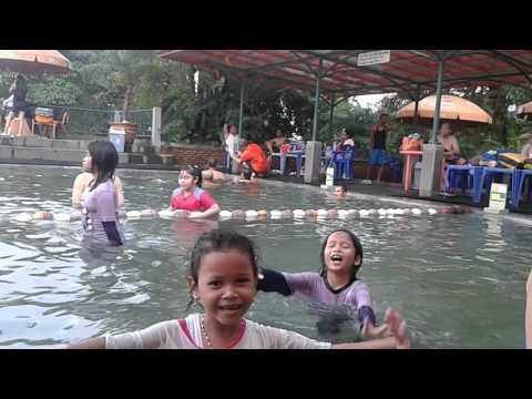 Renang di Ciater air panas,,♡♥