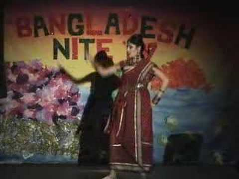Mouri Dancing In Bd Nite 2007 video