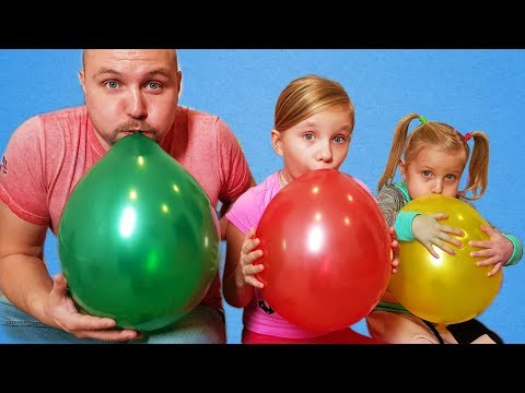 ALISA plays with Balloons ! Fun playtime with children !