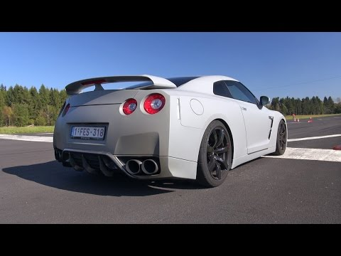 nissan gtr vs aventador 3gp mp4 mp3 flv indir. Black Bedroom Furniture Sets. Home Design Ideas