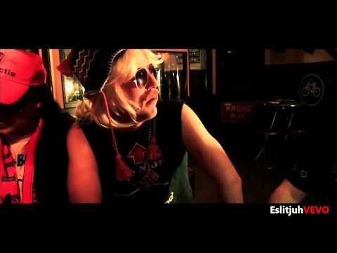 Barry Badpak - Kamelenteen (Official Video)