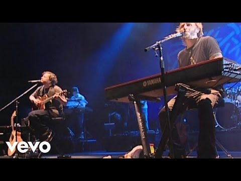 Sin Bandera - Kilometros (live)