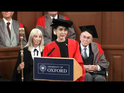 Aung San Suu Kyi has received an honorary degree from the University of Oxford