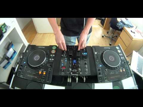 6 Songs in 11 minutes ( tech House mix ) CDJ 1000 mk3 / DJM 400