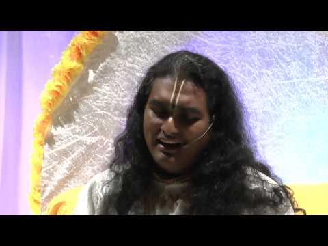 Radharani Ki Jay Maharani Ki Jay - Sri Swami Vishwananda