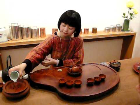 Tea scholar Didi Liu demonstrating Chinese Gong Fu tea ceremony