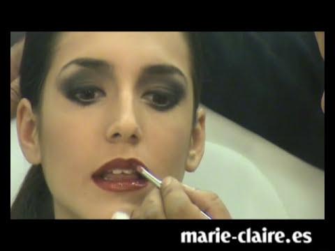 Cómo hacer un maquillaje de fiesta con ojos ahumados