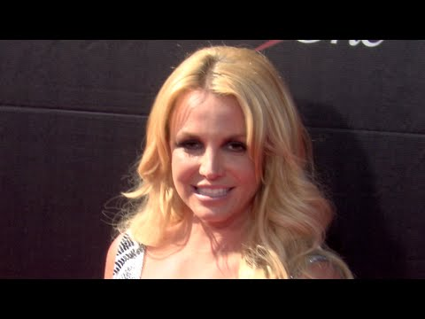 Britney Spears, Kendall Jenner and Kylie Jenner and more at the ESPY Awards 2015 thumbnail