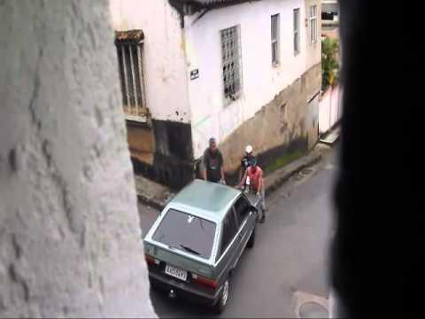 Coches - Como no empujar un coche situado en una cuesta