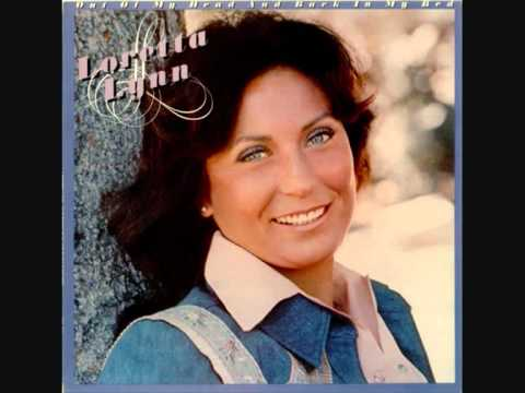 Loretta Lynn - Old Rooster
