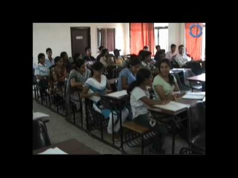 IET DAVV college video College Ke Din