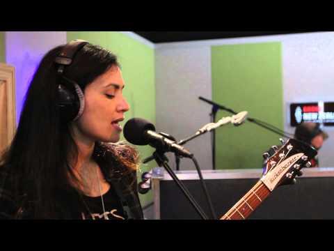 Anna Coddington feat. LIPS -'Slate' (Live at Radio NZ)
