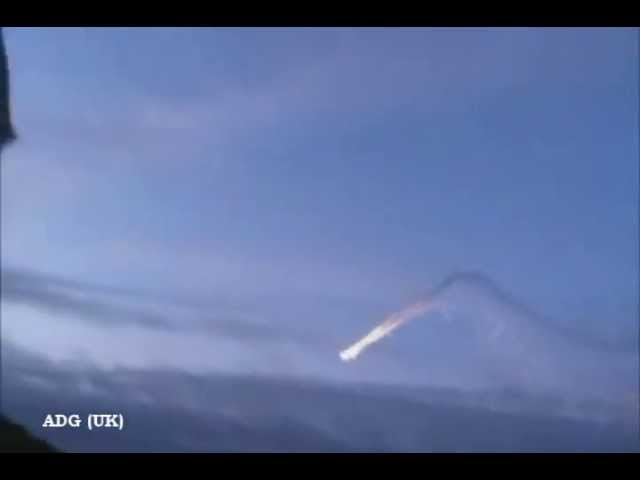 Incredible UFOs Burn Over Russia? 2011