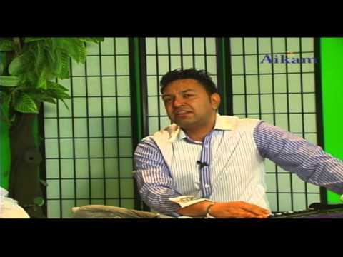 Manmohan Waris Interviewed By Amarjit Rai [aikam Tv] video