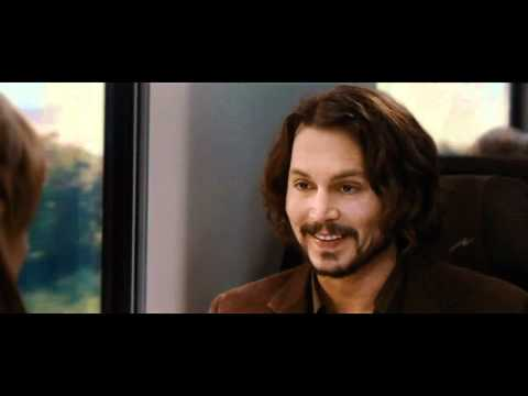 Johnny Depp Uses an Electronic Cigarette.mp4