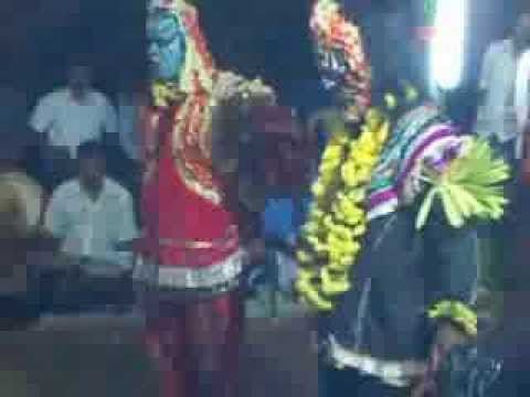 Bhoota Kola At Donderangadi Guliga Chavandi video