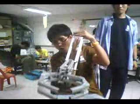 Mechanics hand (four-bar linkage)
