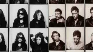 The Kills - Kissy Kissy